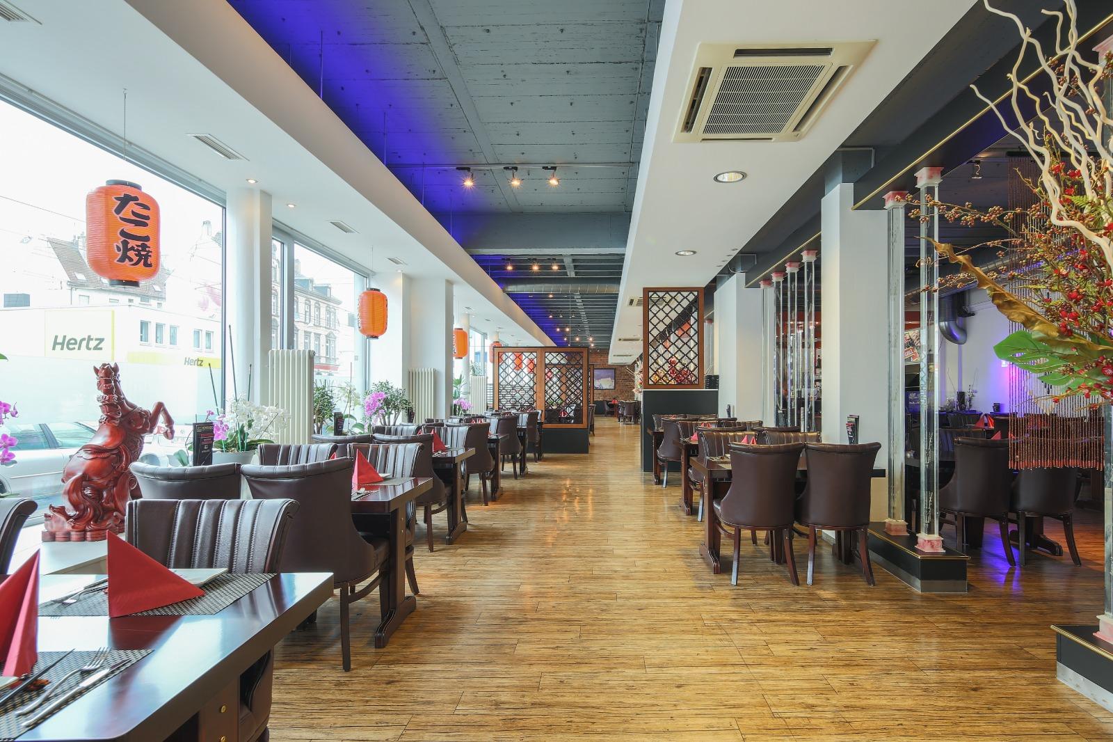 Große Räume Asia Restaurant